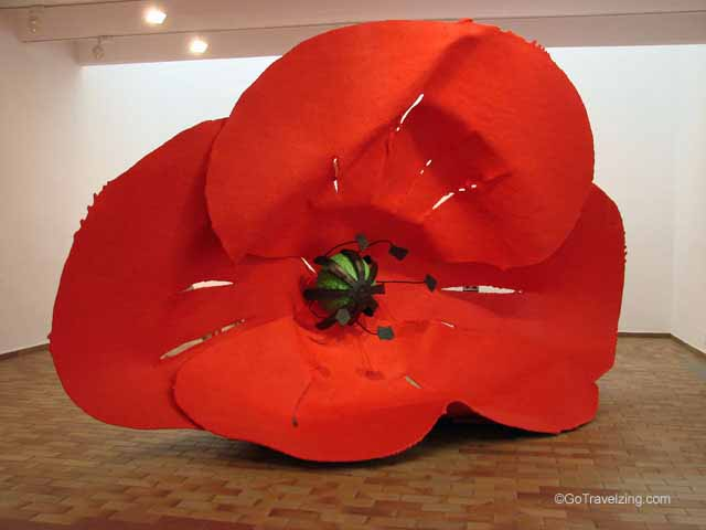Flower Sculpture - Joan Miro