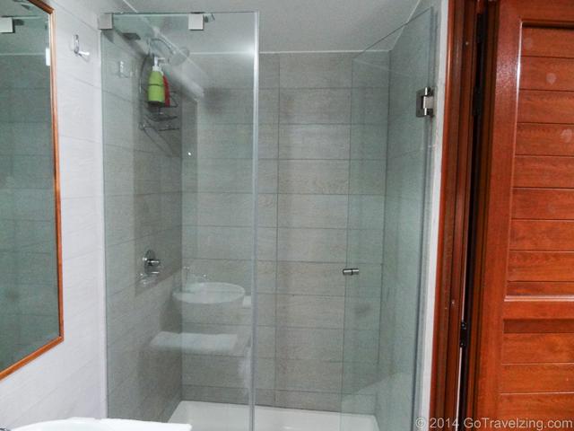 Shower in the Cabin of La Estrella Amazonica