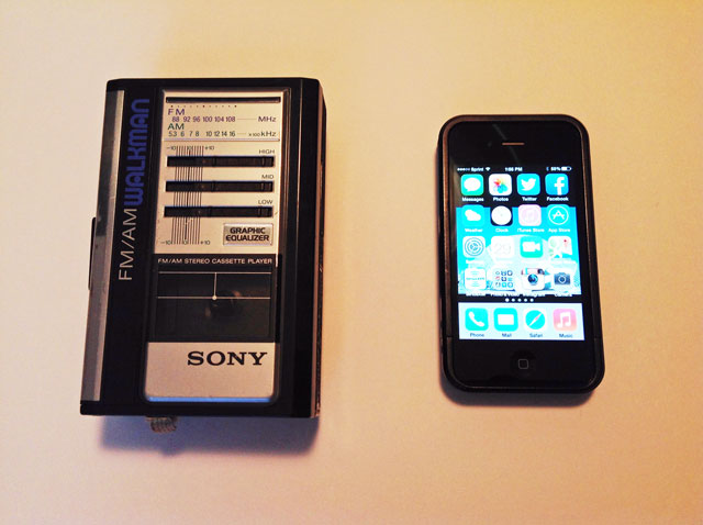 Walkman vs iPhone