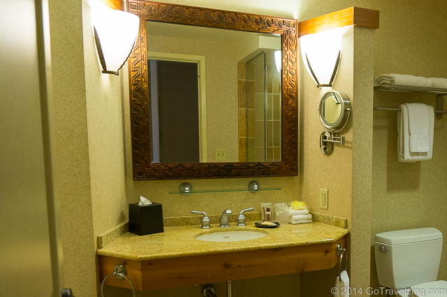 Bathroom at the Sheraton Wild Horse Pass